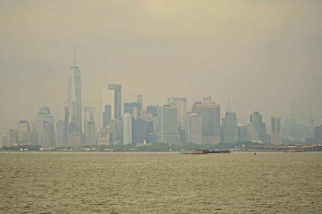 MANHATTA IN A SUMMER HAZE